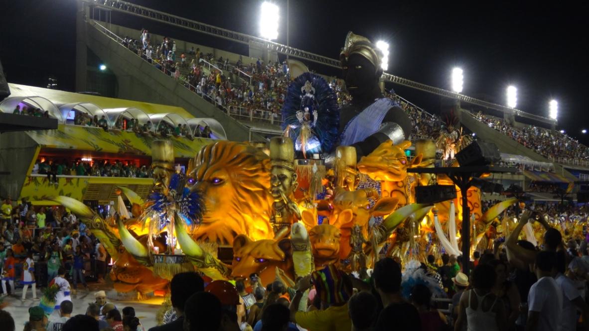 Noua mea carte si carnavalul de la Rio